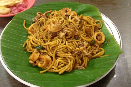 Noodles at Mie Razali in Banda Aceh are cooked in three different ways, boiled, fried, and stewed, as shown here. Resty Woro Yuniar/The Wall Street Journal